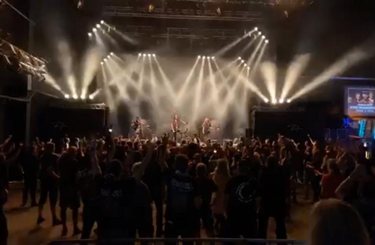 Destruction hizo su primer concierto con distanciamiento social.