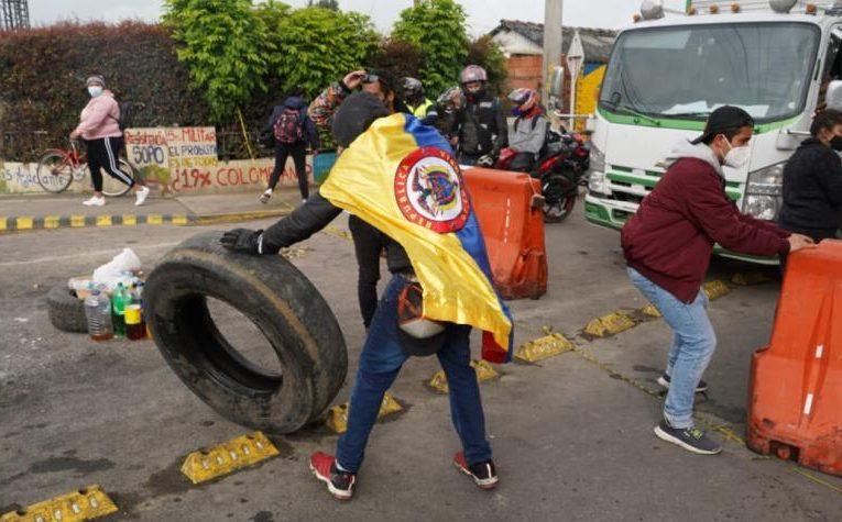 Capturan a mayor de la Policía por asesinato de joven en protestas
