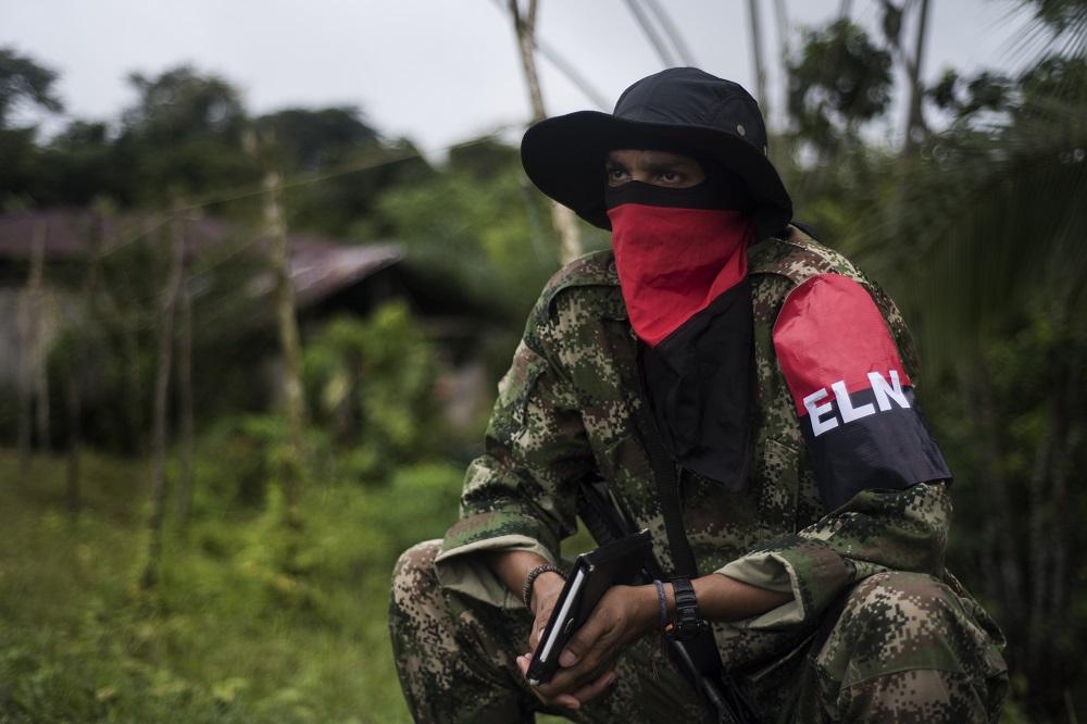 Un guerrillero del ELN, el 31 de agosto de 2017. REUTERS/Federico Rios