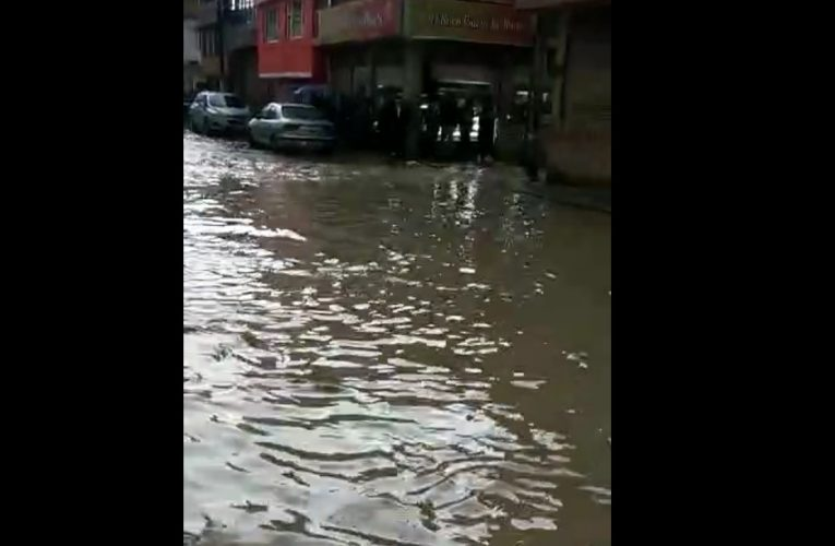 Las lluvias colpasan nuevamente la red de alcantarillado de Soacha