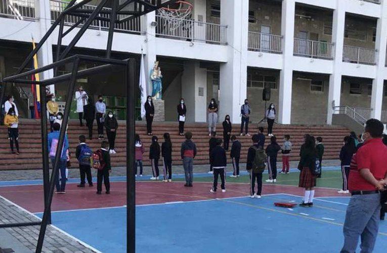 Cerca del 80 % de los estudiantes ya está asistiendo a las Instituciones educativas en Cundinamarca.