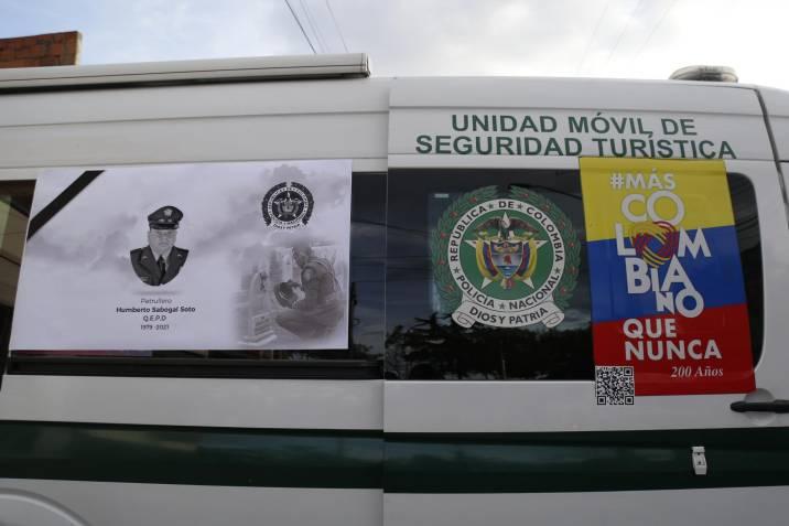 Emotiva despedida al patrullero Humberto Sabogal y avance en la investigación de su asesinato.