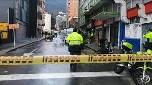 Atraco en Chapinero deja un policía muerto.